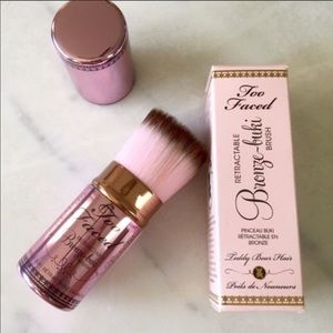 NIB Too Faced BronzeBuki Brush